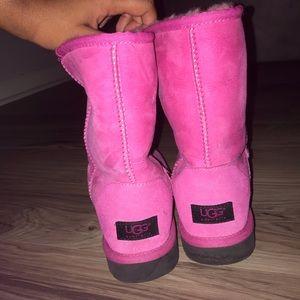Pink UGG's